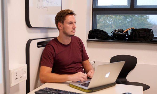 Martin observerer en graduate i en undervisningstime