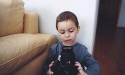 Lav film med dine børn: Tal om følelser gennem film og skuespil
